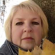 Олена Ющенко