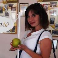 Юлія Недзельська